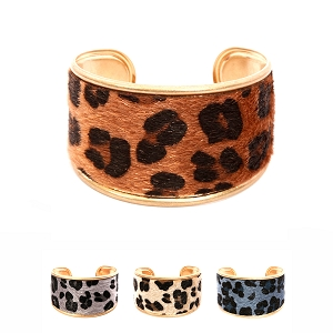 CB1333 Leopard Print Leather Open Bangle