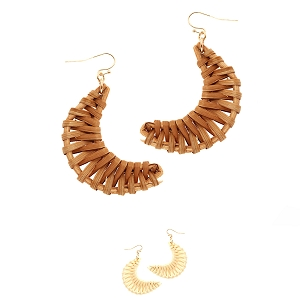 FE3655 Structured Straw Moon Shape Earring
