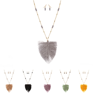 FS3111 Thread Tassel Feather Wooden Bead 34 Necklace